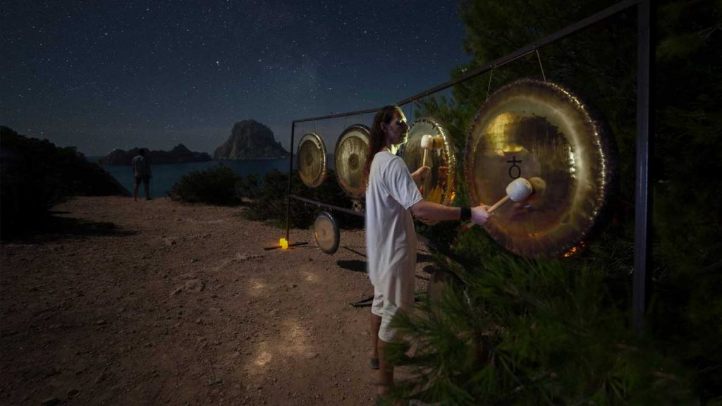 Gong setting at Es Vedra View.